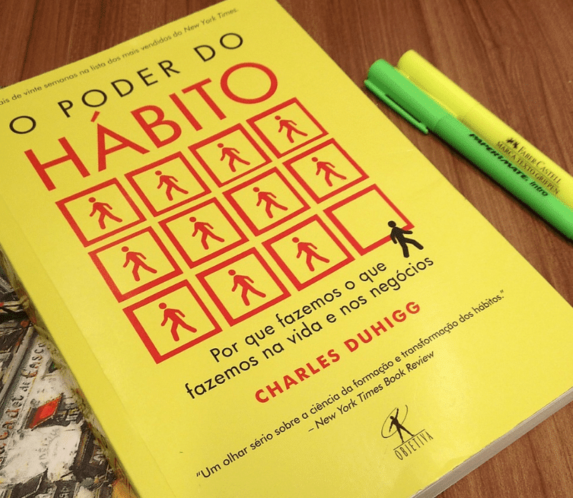 foto do livro o poder do habito